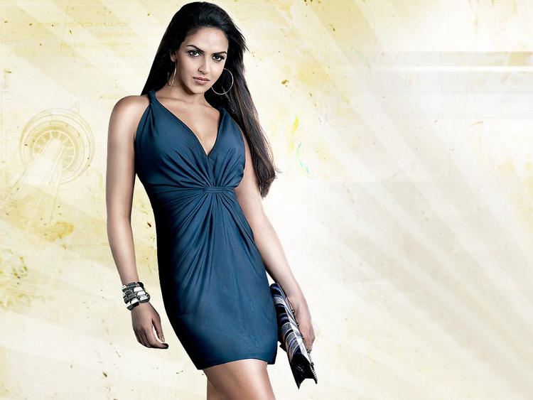 Sexy Actress Esha Deol Spicy Still