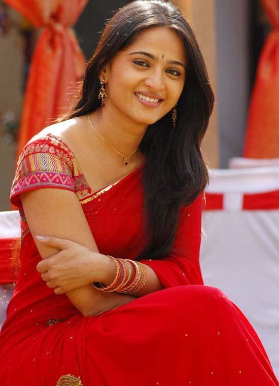 Sexy Anushka Shetty Pic