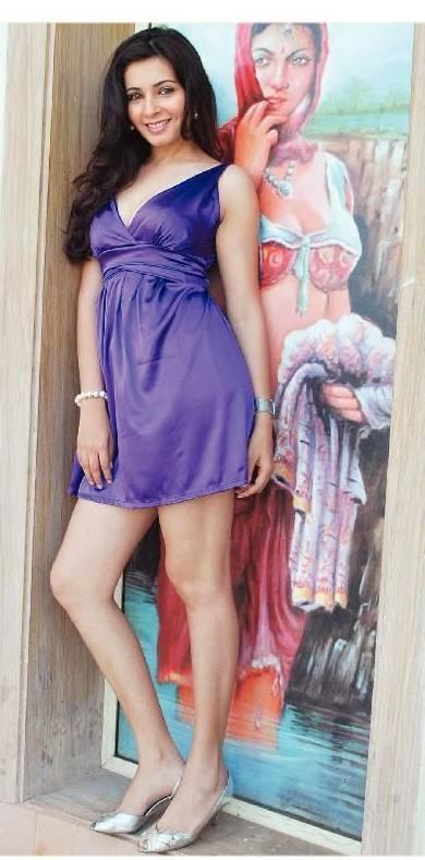 Sexy Thighs - Shonali Nagrani
