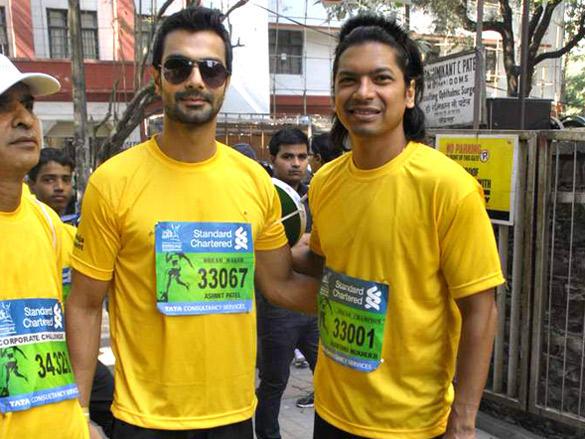 Shaan,Ashmit Patel at Standard Chartered Mumbai Marathon
