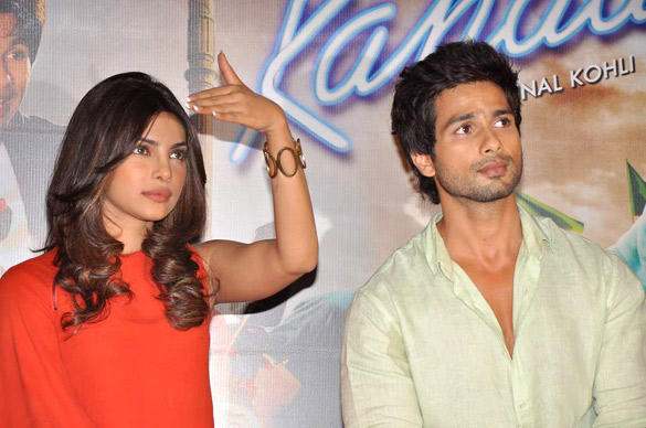 Shahid And Priyanka at Teri Meri Kahaani Trailer Launch