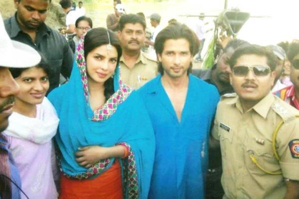 Shahid And Priyanka at Teri Meri Kahani Movie Sets