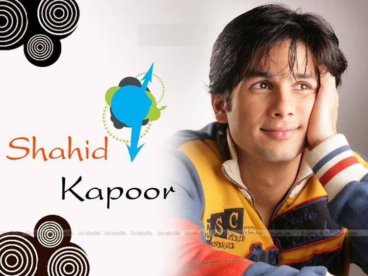 Shahid Kapoor Cute Look Wallpaper