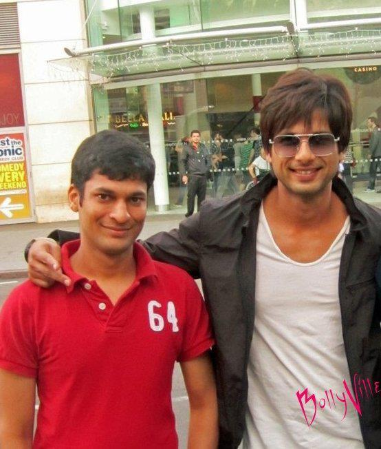 Shahid Kapoor Smily Face at Teri Meri Kahani Movie Sets