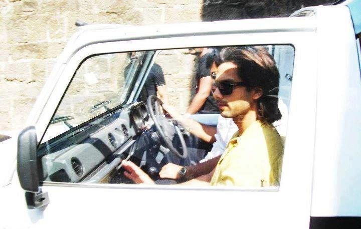 Shahid Kapoor on the sets of Teri Meri Kahaani in Aurangabad