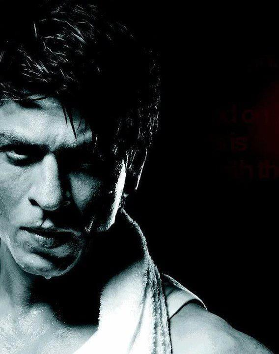 Shahrukh Khan Hot Pose For Lux Cozy ONN Innerwear Print Ad