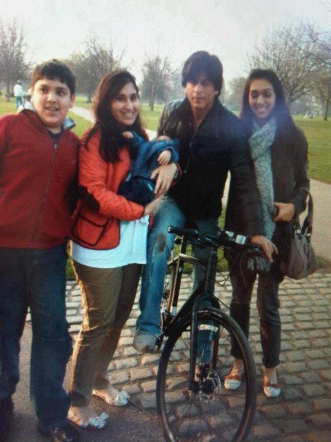Shahrukh Khan On Bicycle In London