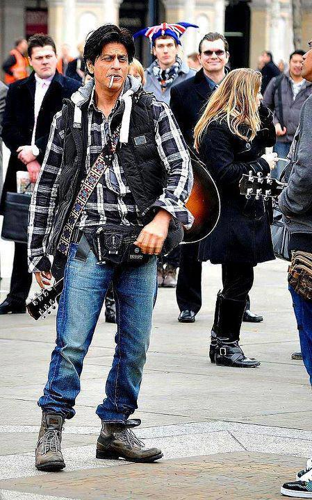 Shahrukh Khan On The Shooting Set Of London Ishq In London