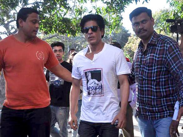 Shahrukh Khan at polling center in Mumbai
