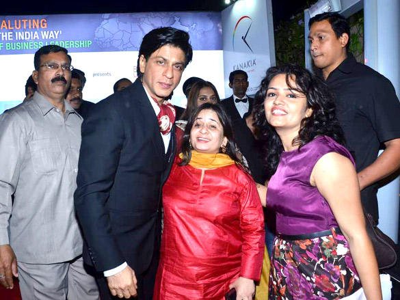 Shahrukh Khan at NDTV Profit Business Leadership Award 2011