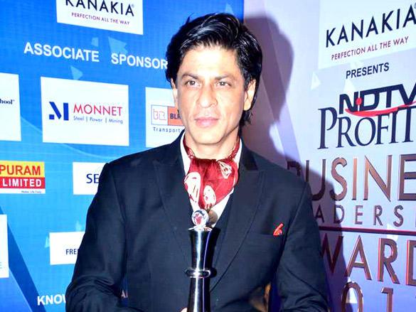 Shahrukh at NDTV Profit Business Leadership Award 2011