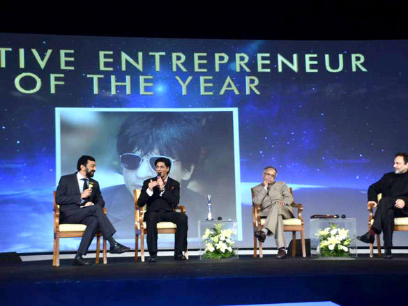 Shahrukh with Pranav Roy and FM at NDTV Profit Business Leadership Award 2011