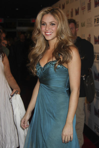 Shakira Sleeveless Dress Beauty Still