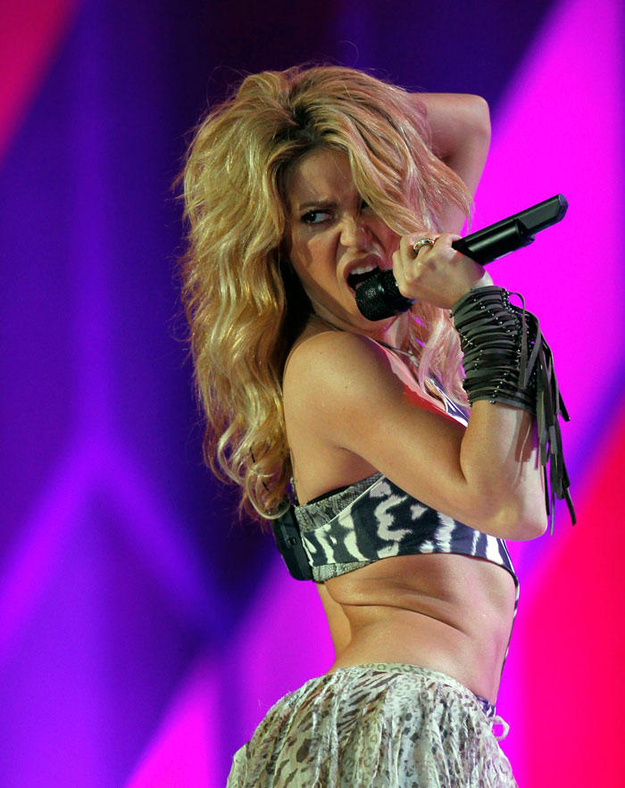 Shakira World Cup Performance Pic