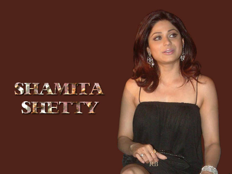 Shamita Shetty Sleeveless Dress Wallpaper