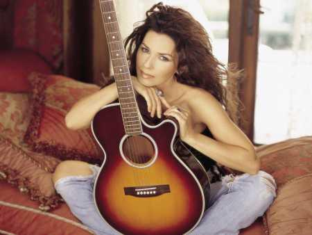 Shania Twain Sexy Photo Shoot With Violin