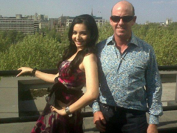 Shonali Nagrani with ....