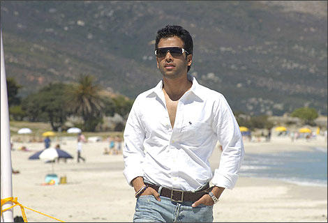 Shor in The City Movie Tusshar Kapoor Stylist Stunning Pic