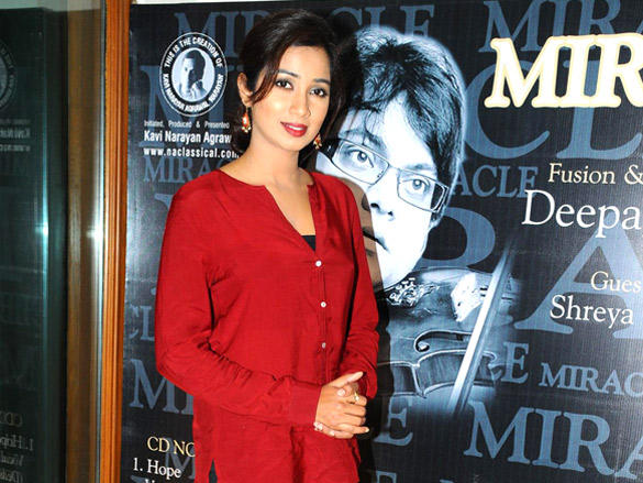 Shreya Ghoshal at launch of Deepak Pandit's album Miracle