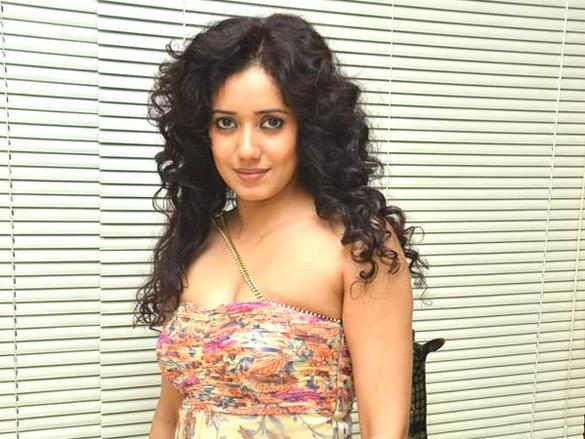 Shreya Narayan at mahurat of Palchinn film in Baroda