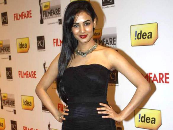 Sonal Chauhan arrives at the 57th Idea Filmfare Awards