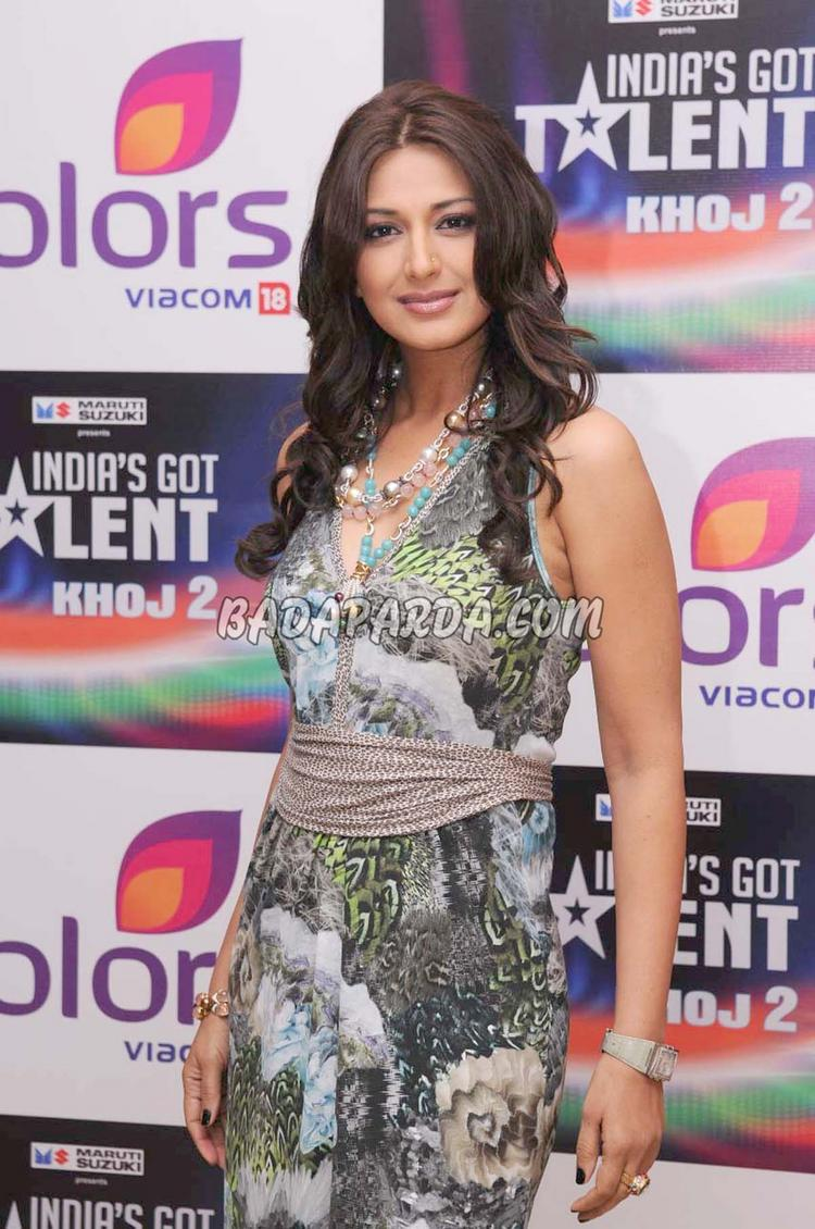 Sonali Bendre Beauty Still At Colors