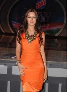 Sonali Bendre Orange Dress Gorgeous Photo