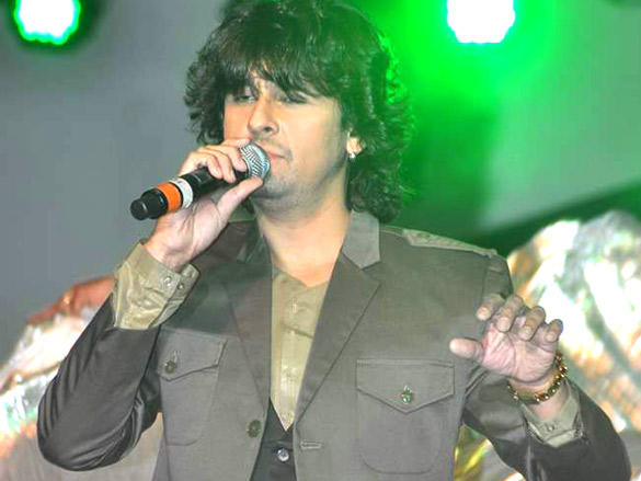 Sonu Nigam at IDMA Conference