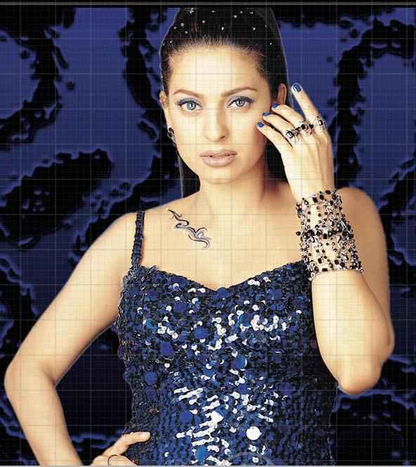 Spicy Juhi Chawla Sexiest Wallpaper