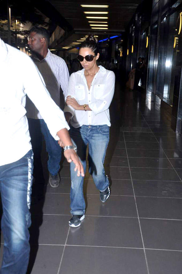 Stylish Gauri Khan Was Spotted at Mumbai International Airport