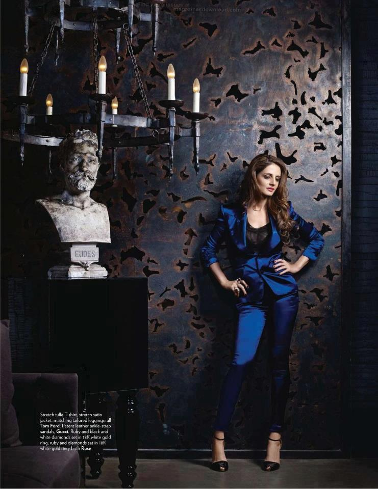 Sussanne Roshan Spicy Photo For Vogue India April 2012