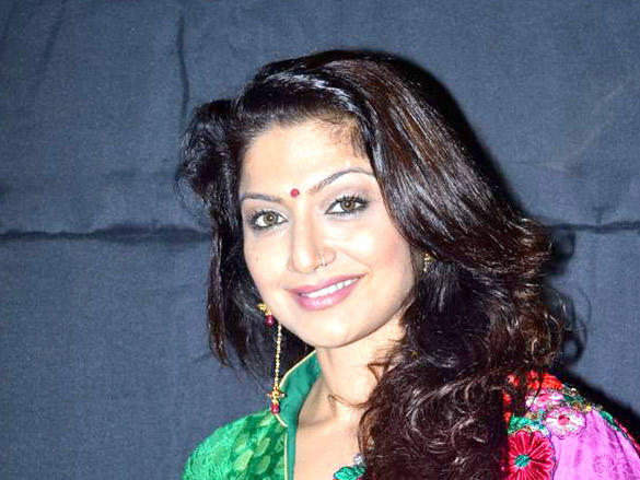 TV Serial Actress at Gujarati Film and TV Awards