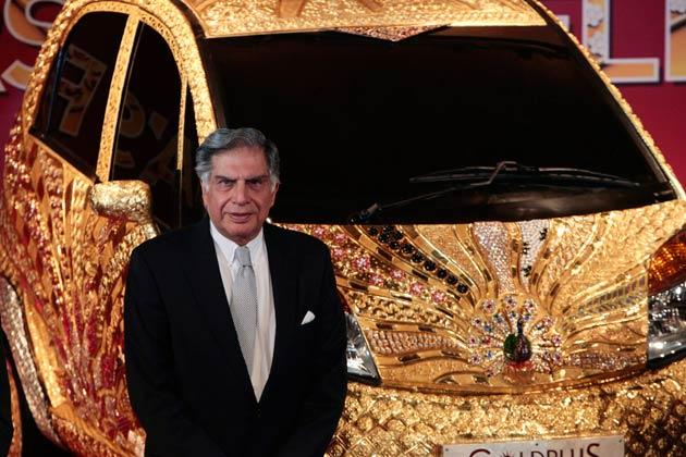 Tata Gold Plus Nano With Ratan tata