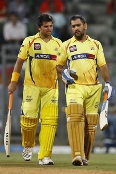 Twenty Cricket Match 2011 Dhoni and Raina Stills