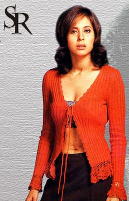 Urmila Matondkar Hot Romantic Look Wallpaper
