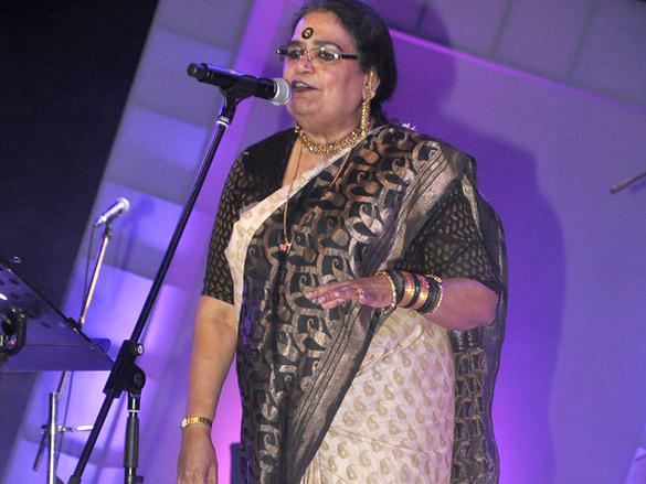Usha Uthup at FICCI Frames Excellence Awards 2012