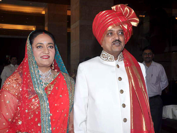 Vaishali and Vilasrao at his son Dheeraj Deshmukh wedding reception