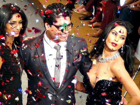 Veena Malik Show Stopper For Riyaz And Reshma Gangji Bridal