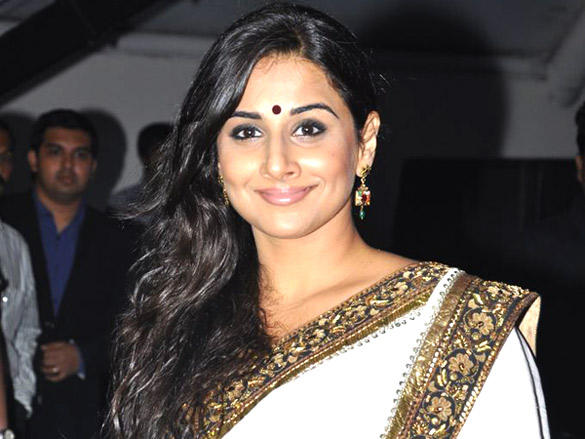 Vidya Balan beauty smile pic at Lavasa Women's Drive Awards