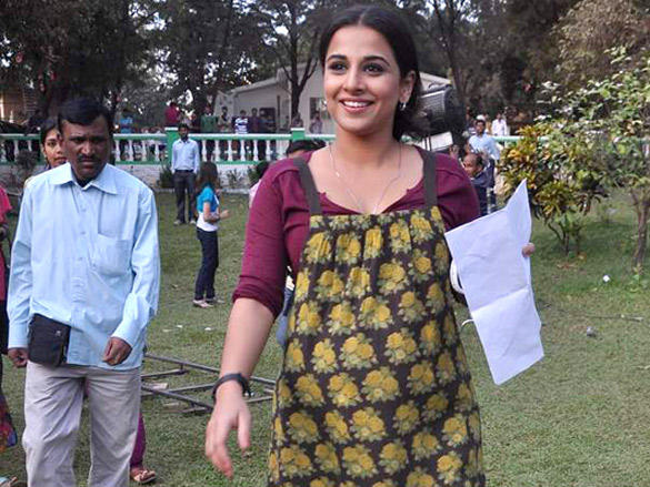 Vidya Balan promoting her film Kahaani on the sets of Uttaran
