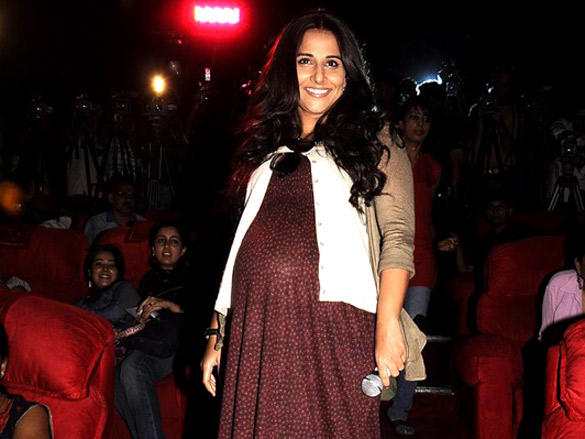 Vidya who acts as a Pregnant mom in Kahani shows up her Pregnancy