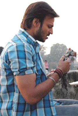 Vivek Oberoi Latest Still From Omkara