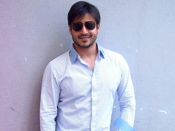 Vivek Oberoi Looking Very Handsome