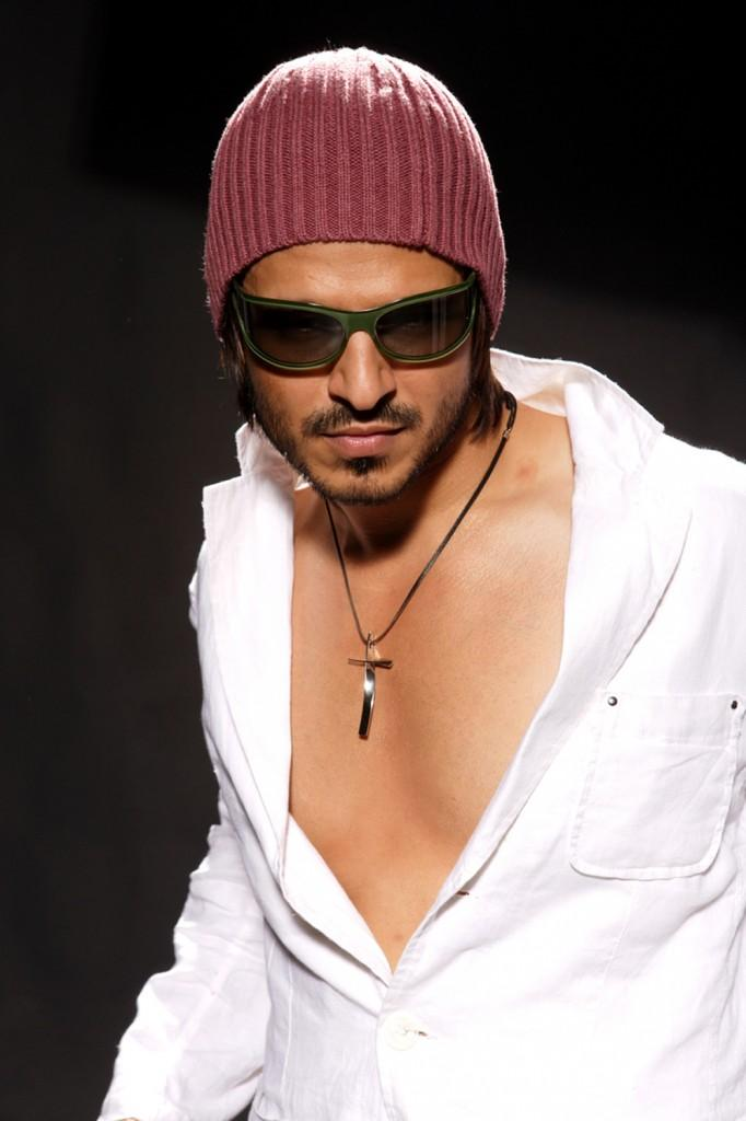 Vivek Oberoi Opening Shirt Hot Still