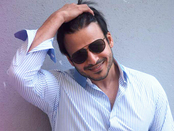 Vivek Oberoi Snapped Outside Tips Office