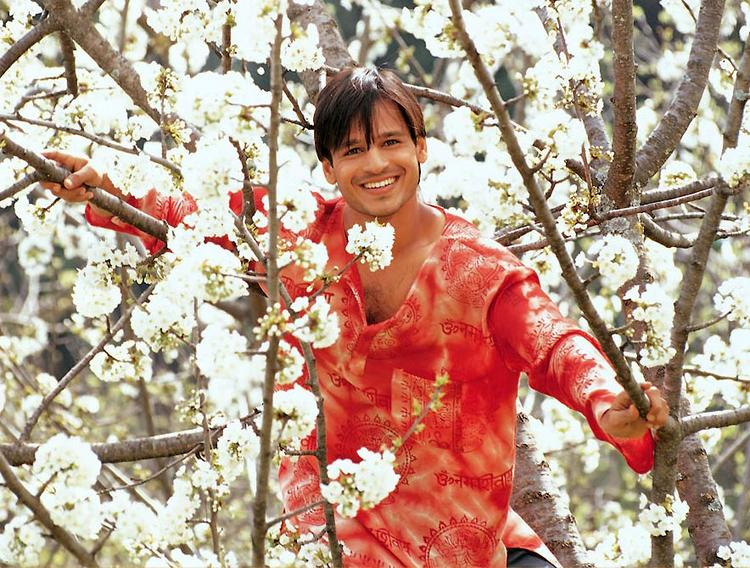 Vivek Oberoi With Open Smile Cute Photo