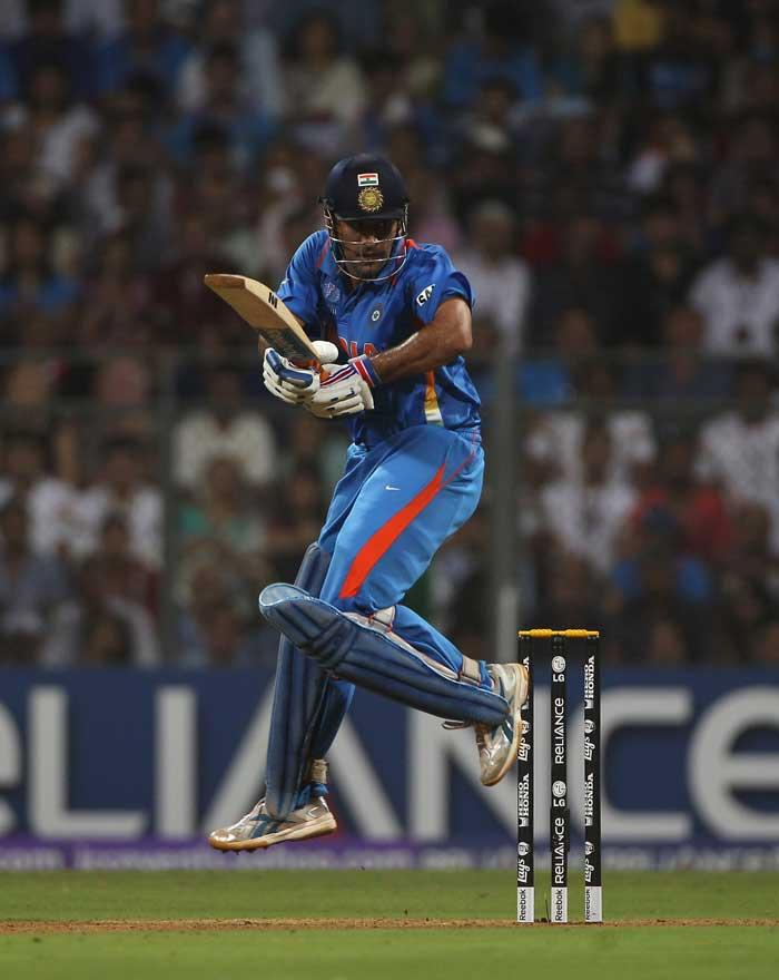 World Cup 2011 Final India VS Sri Lanka Dhoni Wonderful Bating Still