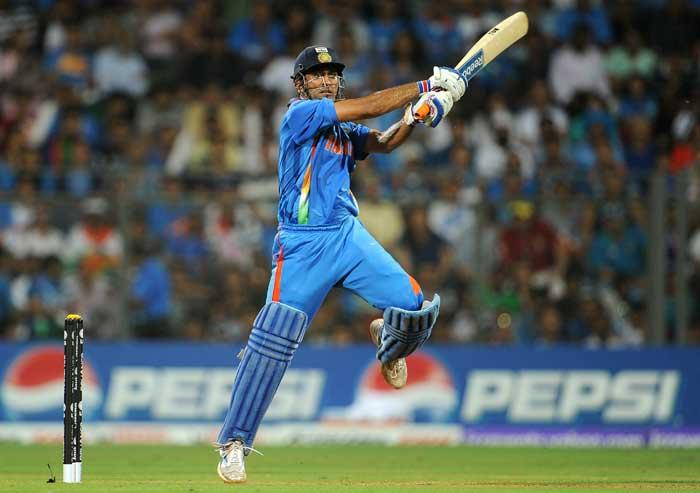 World Cup 2011 Final India VS Srilanka Dhoni Fifty Shots Photo