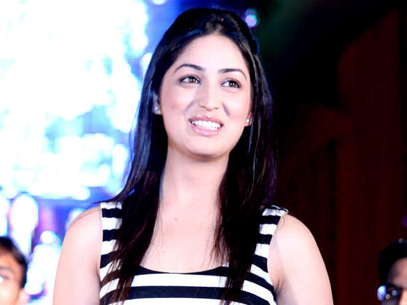 Yami Gautam Sweet Smile Pic at Vicky Donor Promotional Event