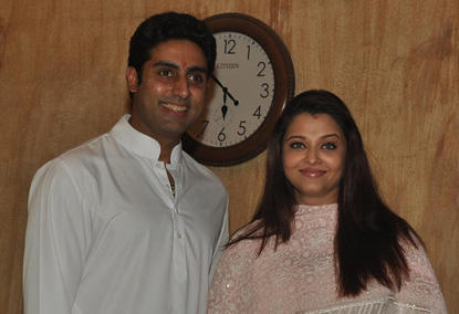 Aishwarya Rai and Abhishek Snapped After Delivery